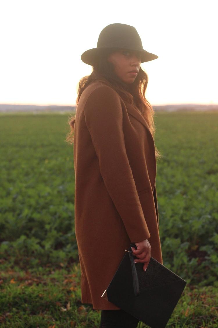 Camel coat6